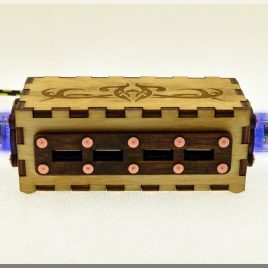 Wooden BLUE Double Pentode Vacuum Radio Tubes 4 ports USB HUB with engraved vintage ornaments.
